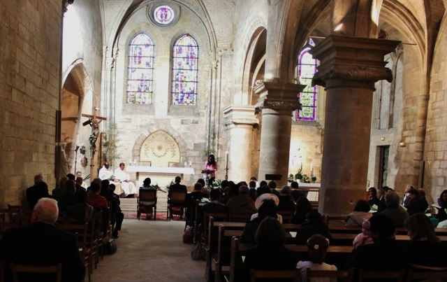 mariage à l'église St Denis-web-grand